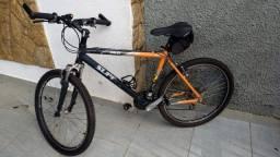 Título do anúncio: Bicicleta Caloi Supra e equipamentos para ciclismo