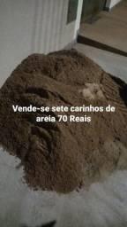 Vende-se 7 carrinhos de areia