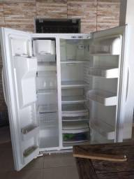 Refrigerador GE Side by Side  02 portas
