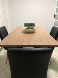 Título do anúncio: Mesa Industrial com 4 Cadeiras em Courino