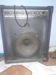 Caixa amplificada de som