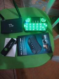 Roteador + Mini Keyboard Blacklit + MINI PC MK 802 ANDROID TV BOX