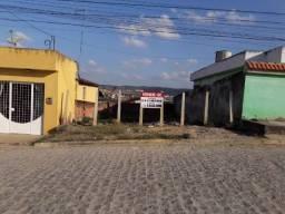 Terreno medindo 8m X 21 m no Bairro do Cajá, Vitória de Santo Antão-PE