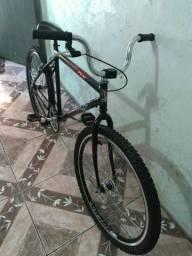 Bicicleta aro 26 toda mas pessas