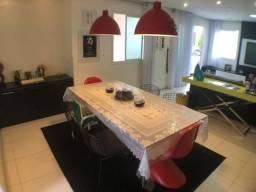 Casa em condomínio lindamente projetado com 120 metros + 3 suítes + lazer no Cambeba