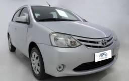 Toyota Etios 1.5 XLS 2014 Prata Completo - 2014