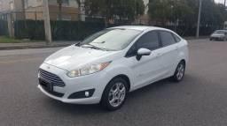 Ford New Fiesta Automático - 2014