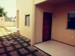 Casa em residencial, 2 quartos, 1 vaga, Aquiraz, prox ao Centro - (alugado )
