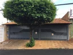 Casa 289 M2 Pq Bandeirantes (Prox. Av 13 Maio), 5 Suítes, Sala, Cozinha, Edícula, 4 Vagas