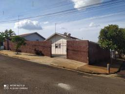 Casa en japura pr bem grande próximo do centro