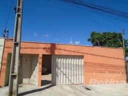 Casa à venda, 3 quartos, 5 vagas, Pampulha - Uberlândia/MG