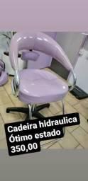 Cadeira hidráulica para cabeleireiros