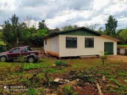 Vendo cada em cruzeiro do Iguaçu pr,rua Arnaldo busato 1262  centro,