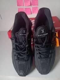 Nike Shox R4 Black