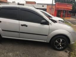 Fiesta Sedan-Oportunidade para Compra