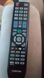 Tv Samsung 32 polegadas, não é Smart