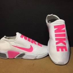 Tenis Nike 80,00