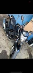 Cb 300 2010. Troco por moto menor com volta para min