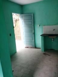 Quarto e sala com banheiro 200