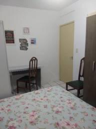Quarto mobiliado com tudo incluído para moça no Campinas/Kobrasol