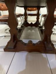 Título do anúncio: Mesa de jantar antiga