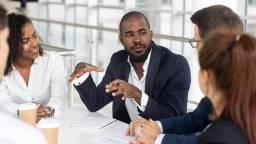 Título do anúncio: Consultor comercial sem experiência