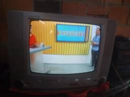 Título do anúncio: Tv LG de tubo+conversor