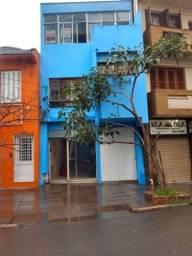 Título do anúncio: Casa Comercial e Residencial no Centro de Porto Alegre | Garagem e pátio