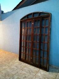 Linda porta balcão