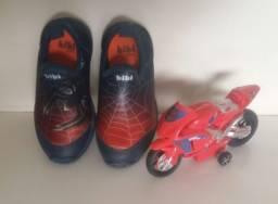 Título do anúncio: Calçados nº 25 + Brinquedos