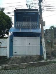 Título do anúncio: Vender-se uma casa no centro de Rio Bonito