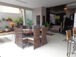Título do anúncio:  LINDO Sobrado possuindo 420M², Condomínio Florais dos Lagos, Cuiabá - MT