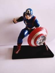 Estátua Capitão América