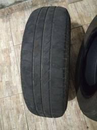 Título do anúncio: Desapego  pneu