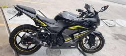 Título do anúncio: Kawasaki ninja 250r EDIÇÃO LIMITADA