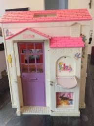 Título do anúncio: Casinha Barbie relíquia