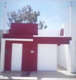 Belíssima casa de laje no JK com 2 quartos (com documentação inclusa)
