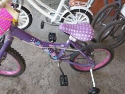 Bicicleta aro 16,  lilás, usada