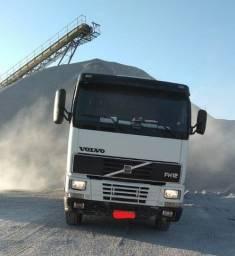 Título do anúncio: Conjunto  Caminhão Volvo FH 12 e Carreta Basculante