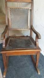 Cadeira de Balanço Centenária