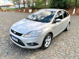 Título do anúncio:  Ford Focus 2.0 Hatch Mais Novo do Brasil, Raridade..