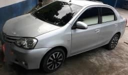 Etios sedan xs - 2014