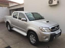 Hilux SRV 11/11 A + Nova do Mercado - 2011