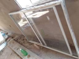 Janela de alumínio e porta