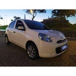 Nissan March 1.6 2012 Completíssimo. Emplacado  2020.