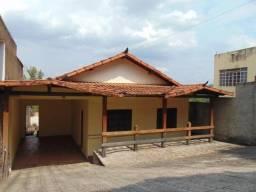 Casa para alugar com 3 dormitórios em Sao roque, Divinopolis cod:27107