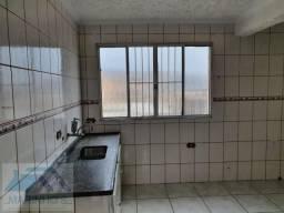 Casa para Locação em Mauá, Jardim Hélida, 2 dormitórios, 1 banheiro, 1 vaga