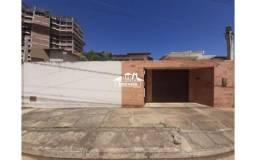 Rua Waldiberto Leal, nº118 - Jardim Candeias.