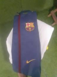 Mochila do Barcelona para carregar acessórios