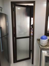 Porta de alumínio alto padrão com vidro